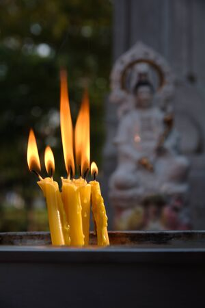 sooth: candle offerings