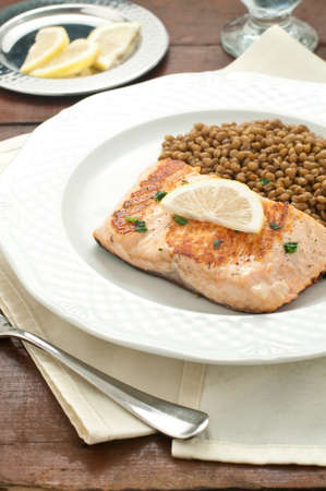 carots: Fillet of grilled salmon with lentils, Italy