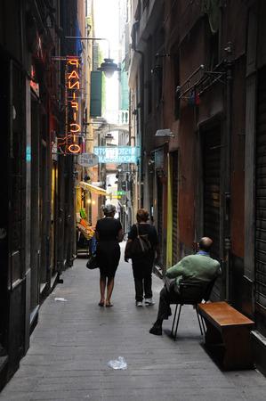 2014 년 9 월 20 일 제노아 - 이탈리아 - 제노아의 도시에서 아름다운 거리라는 carruggi, 이탈리아