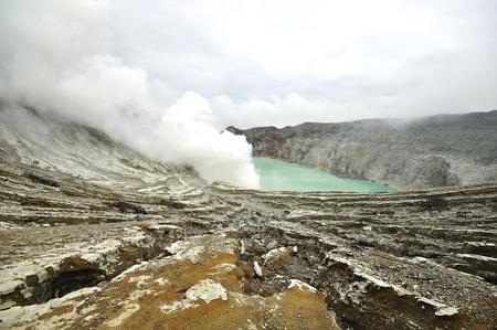 Kawah Ijen vulkaan op Indonesië Stockfoto