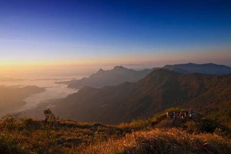 チェンライ、タイ Phu chi fa での日の出のシーン