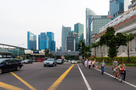 marina life: SINGAPORE - JULY 10: Singapore business buildings area on July 10, 2015 in Singapore. Singapore is a world famous tourist city with highly developed economic infrastructure.