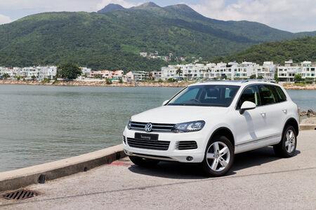 フォルクスワーゲン トゥアレグ SUV 2013 モデル ホワイト カラー 報道画像