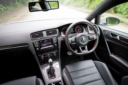 Volkswagen New Golf GTI 2013 Model Hot Sportback Car Redakční
