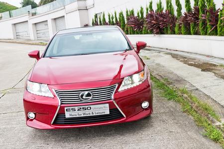 lexus: Lexus ES 250 Sedan 2013 Model with red colour.