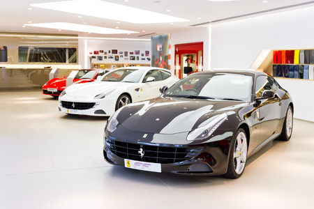 show room: Ferrari FF Super Race Car 2013 at Show Room