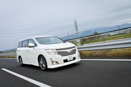 日本での日産道後プリンス 2012年モデル 報道画像