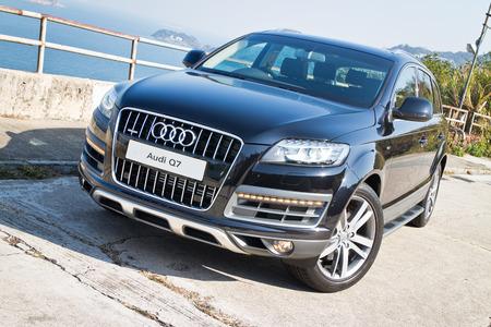 アウディ Q7 3.0 t クワトロ SUV 車、full オプションを指定します。
