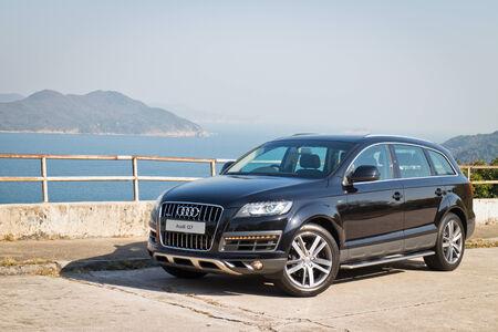 Audi Q7 3.0T Quattro SUV Car, with full option.