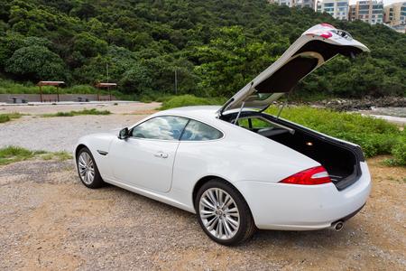 alto rendimiento: Jaguar XK 2012. Coupe super alto rendimiento. Hecho en Reino Unido.