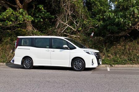 top 7: Toyota Noah 2014 MPV 7 Sede. La venta superior en Asia.