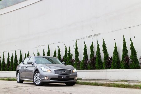 Infiniti Q70L Long Wheel Base Sedan, This is the top model in this brand  Use new name on car series