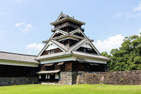 Kumamoto,Japan - May 2, 2014: Kumamoto Castle is a hilltop Japanese castle located in Chūō-ku, Kumamoto in Kumamoto Prefecture. It was a large and extremely well fortified castle. The castle keep is a concrete reconstruction built in 1960. Reklamní fotografie - 33183852