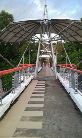 taman: Taman awam bridge connecting to old Canada hill road