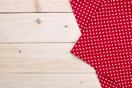 de achtergrond gemaakt van tafelkleed op houten tafel Stockfoto
