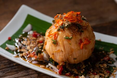 Santol fruit or cotton fruit with sweet spicy sauce. Stockfoto