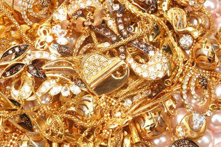 bijoux diamant: Bijoux en or jaune mixte et des perles, gros plan
