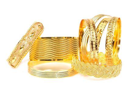 karat: Gold bracelets