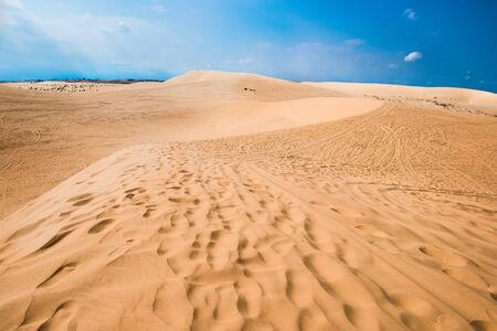 ne: White sand dune in Mui Ne, Vietnam Stock Photo