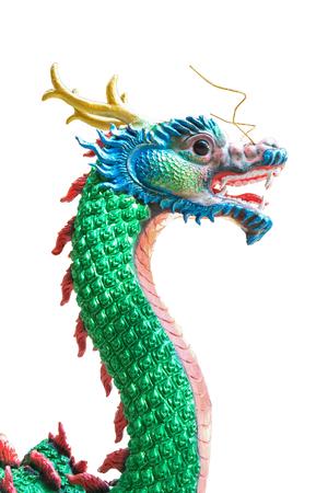 特定の背景に巨大な中国のドラゴン
