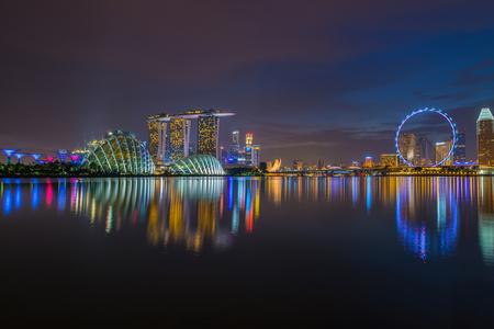 シンガポールの夜の風景です。