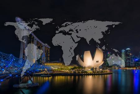 世界へリックス橋、ホテル マリーナ ・ ベイ ・ サンズと芸術科学博物館、公式にシンガポールの共和国との夜シンガポールのスカイラインとグロー