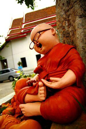 statue de moine