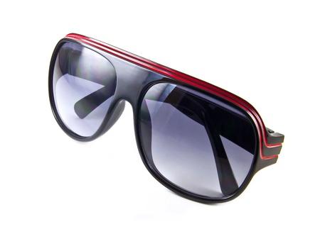 lunettes de soleil isol� sur le fond blanc