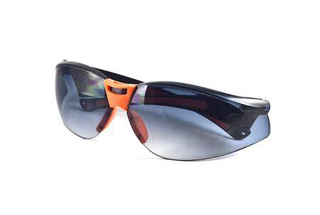 lunettes de soleil isol� sur fond blanc