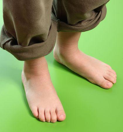 kid feet photo