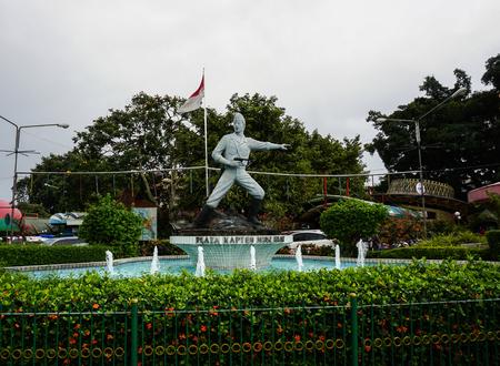 Standbeeld van Kapitein Tubagus Muslihat als één van de Nationale Held van Infonesia van foto Bogor die in Bogor Indonesië wordt genomen Stockfoto - 68485068