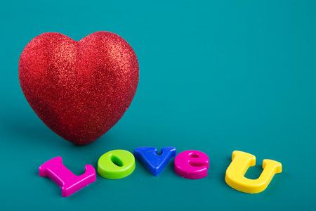 greeen: Love hearts on greeen background