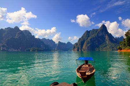 Boot op het meer