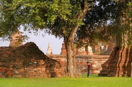 Toeristische neem een foto in Wat Pra Si San Phet, Ayuthaya provincie, Thailand Stockfoto
