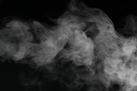 검은 배경에 앞의 추상 연기 사진 스톡 콘텐츠