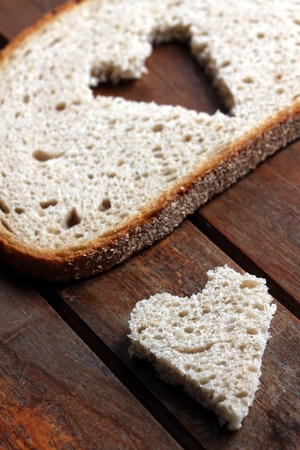 bread slice heart photo