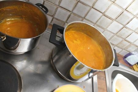 metall: making a pumpkin soup