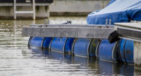 gangway: floating lake gangway