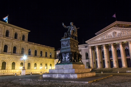 national theater munich at night