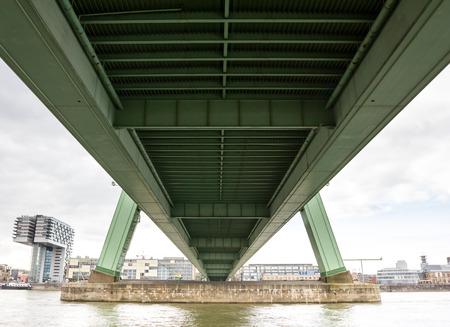 rhein: cologne severinsbridge