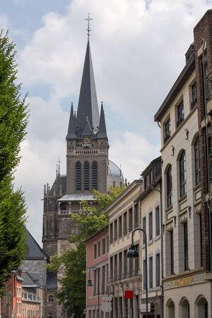 dom: Aachener Dom en Allemagne