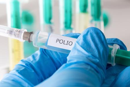 vacunacion: vacunaci�n contra la poliomielitis