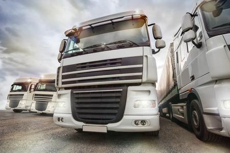 parc de camions plaine