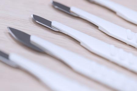 many medical scalpels background