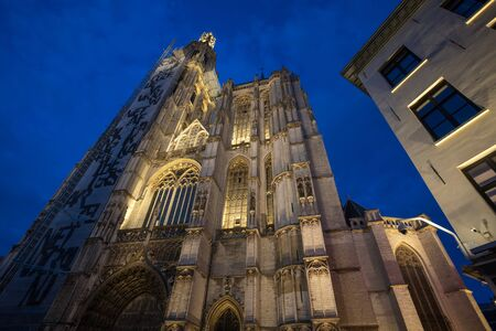 Cathedral of Our Lady antwerp belgium in the evening Stockfoto