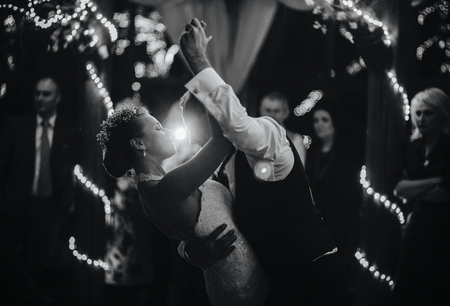 wedding dance of beautiful young newlywed couple Standard-Bild