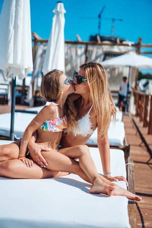 Mom and daughter on vacation Banco de Imagens - 92203338