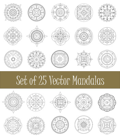Set of mandala ornament for graphic design and coloring, collection of isolated mandalas clipart, vector illustration - arabic and geometric mandala circle ornament, mandala stamp, mandala icon Stock Illustratie