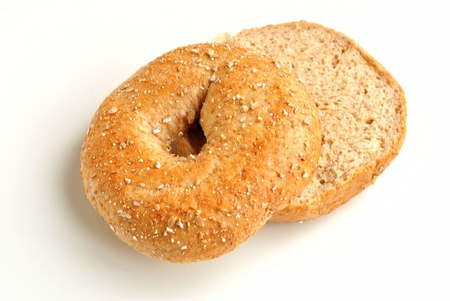 Sliced Whole Wheat Bagel Banco de Imagens - 9016875