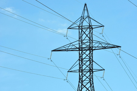 Electrical power transmission lines